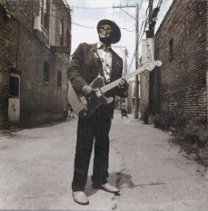 Buddy Guy, em foto de capa do CD anterior, Bring ´Em In (2005)