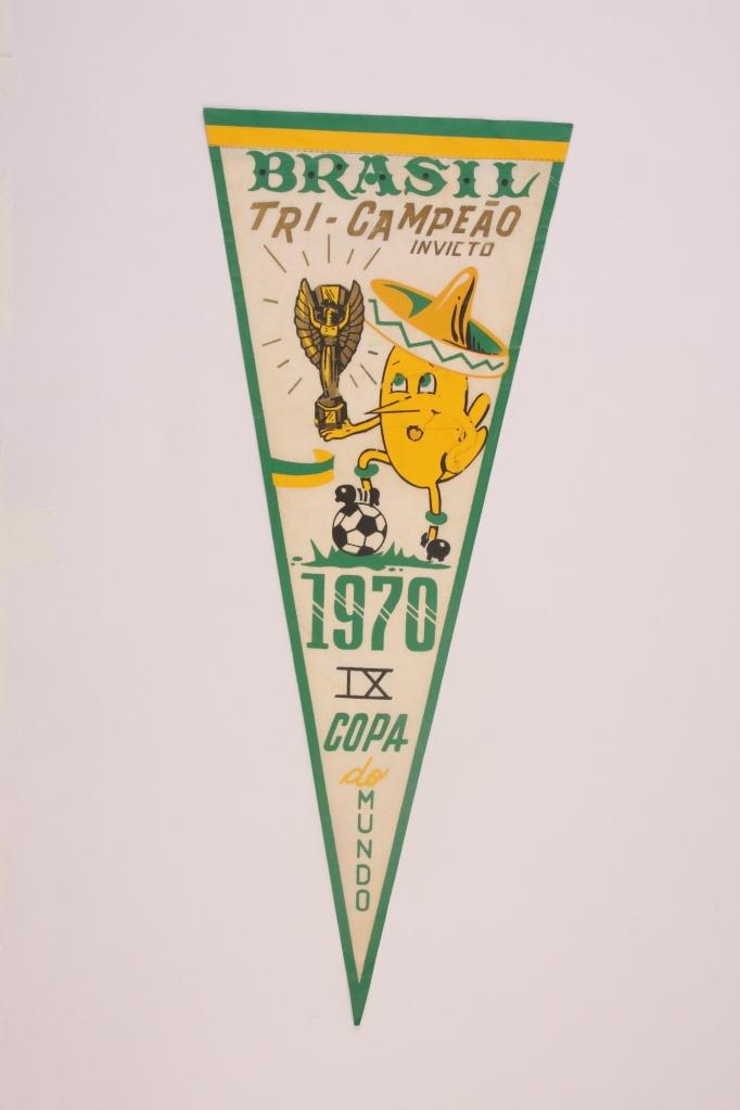 Flâmula da Copa 70, coleção de Marcelo Monteiro. FOTO: Bruno Gabrielis, Museu do Futebol