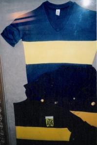 O Museo de la Pasión Boquense tem uma parede de uniformes... FOTO: Fut Pop Clube