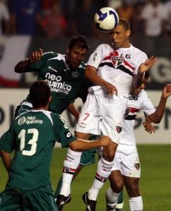 """Jorge Wagner voltou a ser """"o cara"""", com assistência e gol. FOTO divulgação VIPCOMM"""