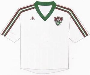 Fluminense, uniforme branco sem patrocínio de 1984, escolha de P.Gini. Pág.129.