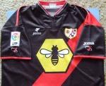 Segunda camiseta do Rayo no começo dos anos 2000