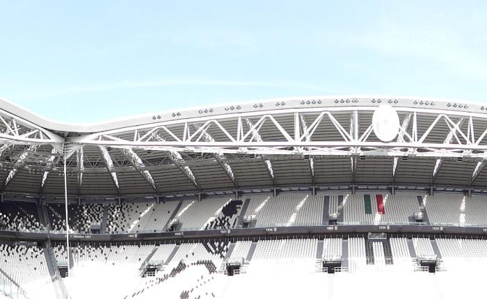 A casa da Vecchia Signora agora se chama AllianzStadium.