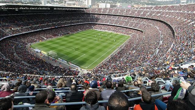 Impressionante o panorama do Camp Nou lotada durante o dia. FOTO Marta Becerra / FCB | www.fcbarcelona.com