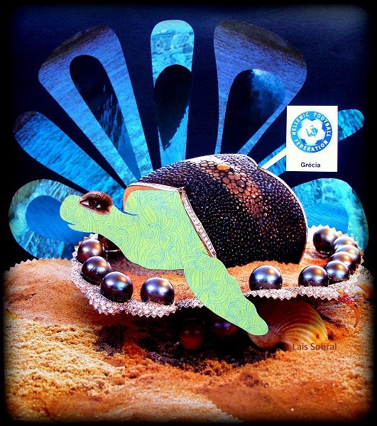 A tartaruga marinha representa a Grécia na série desenhada por Lais Sobral pro @FutPopClube : http://www.flickr.com/photos/lais-sobral/
