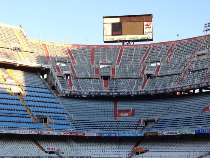 Mestalla passou por algumas reformas depois desta foto