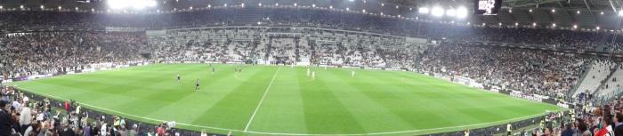 Rolê do blog pelo Juventus Stadium, em noite de festa pelo scudetto da VecchiaSignora.
