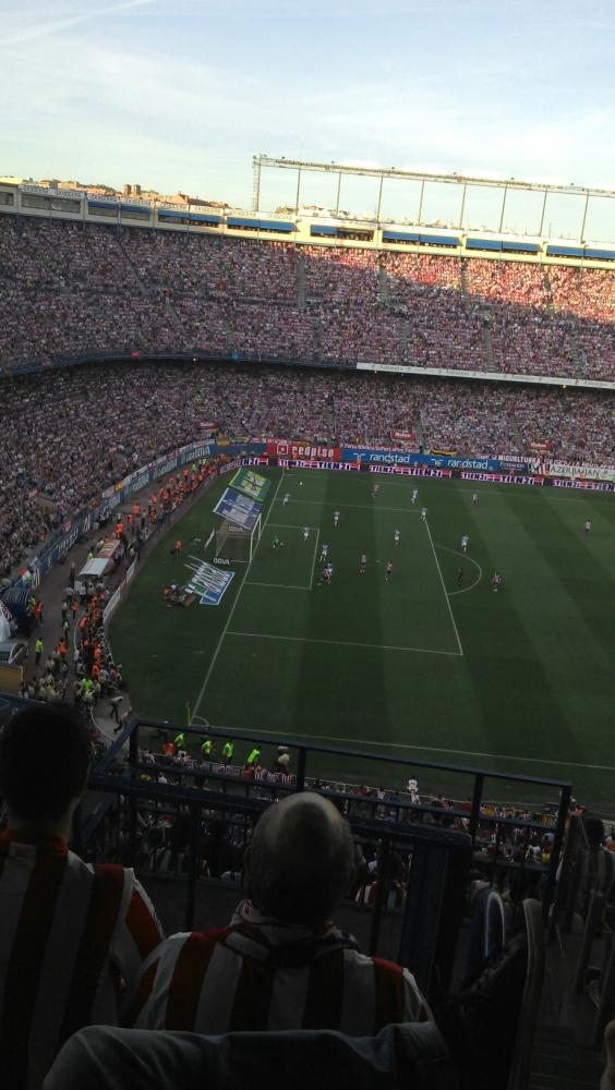 Espetáculo da torcida do Atlético de Madrid. (3/4)