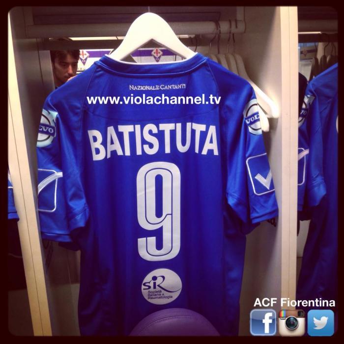 Um clássico: a camisa de Batistuta, Batigol. https://www.facebook.com/ACFFiorentina