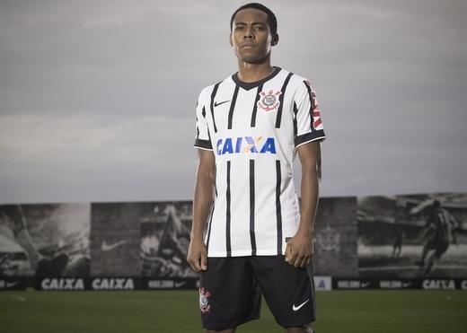Corinthians_2014118087_detail_large