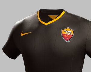 Fa14_AS_Roma_PR_3rd_Crest_R_original