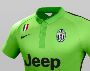 Ho14_Match_Juventus_PR_3rd_Crest_Badge_Gr_R_original
