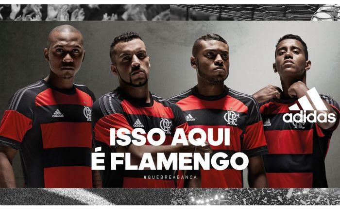 """(2015) Flamengo de """"professor"""" e #MantoSagradonovos."""