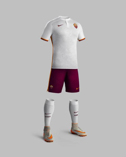 Fa15_Club_Kits_PR_Match_Full_Body_A_AS_Roma_native_1600