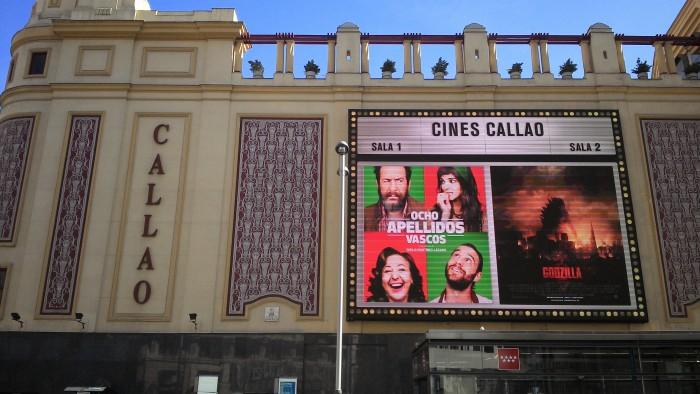 A comédia ficou um bom tempo em cartaz no cine Callao, centro de Madri