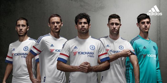 A segunda camisa do Chelsea para 2015-16. Branca como a do título europeu de 2012.