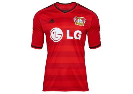 Segunda camisa do Leverkusen 15-16.