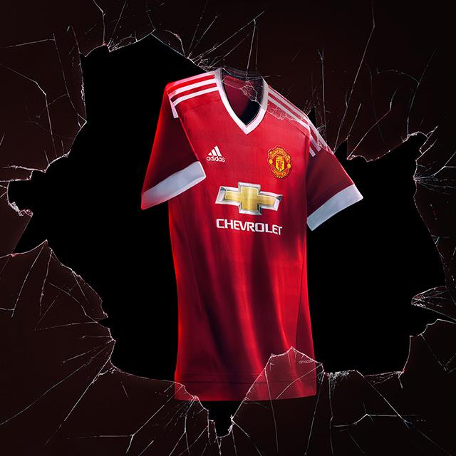Manchester United 15-16