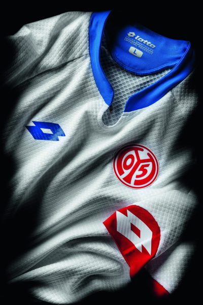 Camisa do Mainz 2015-16. Lotto.