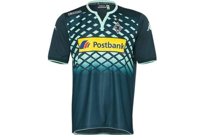 Segunda camisa do 'Gladbach 2015-16. Kappa.