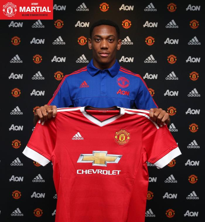 Martial, novo #9 do United : facebook.com/manchesterunited