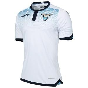 A terceira da Lazio 15-16 é branca.