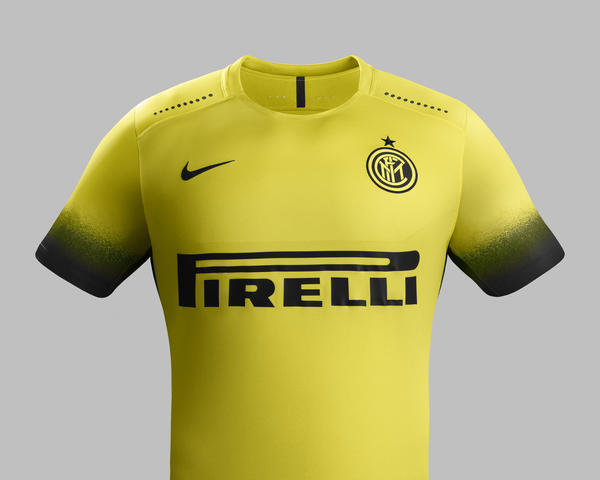 inter 15-16 Ho15_Club_Kits_Jersey_PR_Front_Inter_Milan_R_native_600