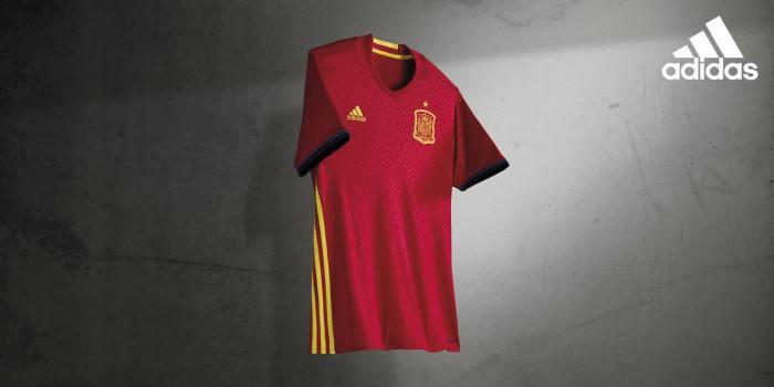 Camiseta nova da Espanha, modelo Euro 2016. adidas.