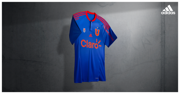 La U : Camiseta local 2016. facebook.com/clubuniversidaddechileoficial