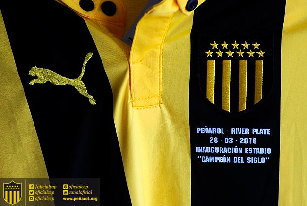 Camiseta do Peñarol preparada a noite de gala. IMAGEM: facebook.com/OficialCAP/