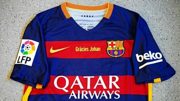 #GràciesJohan. Imagens das redes sociais do Barça.