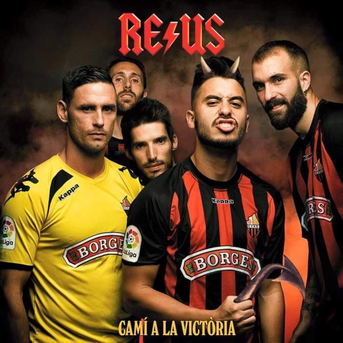 Rock in Reus: os cartazes para promover as partidas do CF Reus Deportiu, na segunda ligaespanhola.