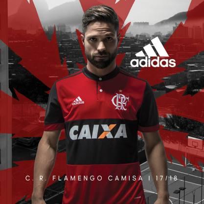 Diego e camisa 1 do Flamengo 2017