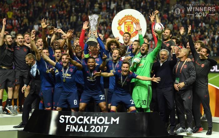 United! United! Campeão da Liga Europa, campeão detudo.