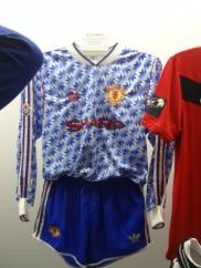 Quando o United vestia Umbro (essa foi de 90 a 92).