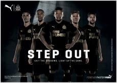 Third kit. A terceira camisa do Newcastle pra temporada de volta à Premier.